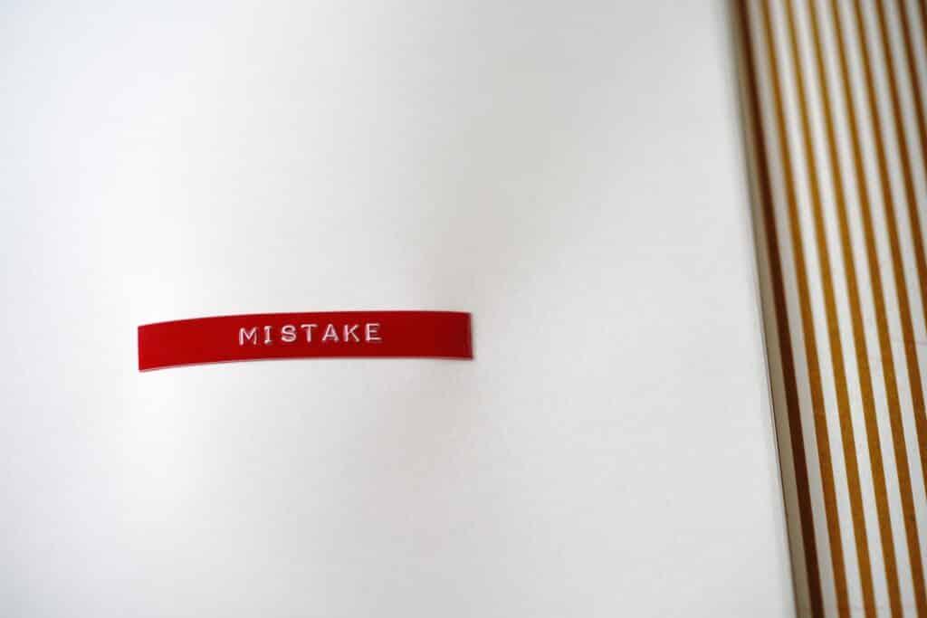 vignette erreur mistake en rouge